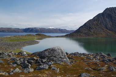 Sampling for cosmogenic surface exposure dating in Finnmark